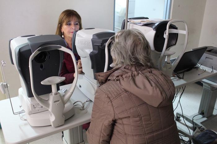 Hospital de Curicó adquiere equipos de alta tecnología en oftalmología