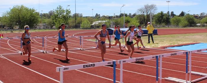 Atletas maulinos se lucen en Córdoba