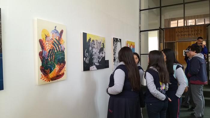Grabados e ilustraciones se exhiben en Centro de Extensión Curicó