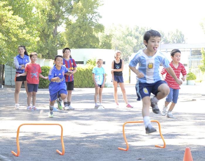 Alternativas para el verano: Escuelas Deportivas de la UTALCA abrieron inscripciones