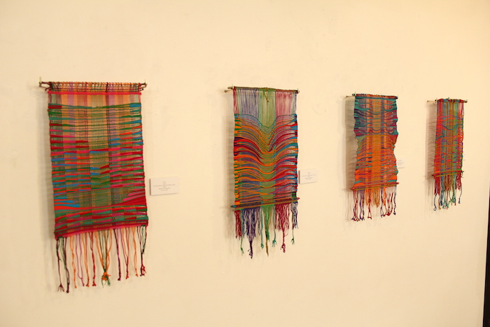 Muestra textil de Paulina Brugnoli se exhibe en UTalca