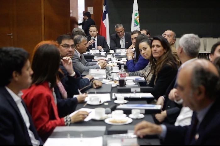 Gabinete regional entrega positivo balance en inmigración y afina temas de contingencia