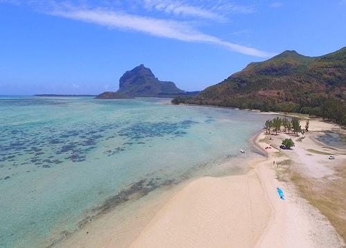 La Prairie beach in Mauritius