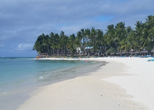 Pointe de flacq in Mauritius is on the east coast and is where the best hotel in Mauritius, the One&Only Le Saint Géran is located and not far from Belle Mare Plage Hotel