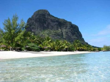 Stunning view of Le Morne beach with the mountain in the background