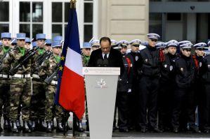 Parigi si prepara all'attacco in Libia. Ecco come.