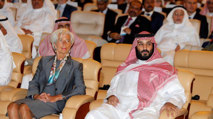 Madame Lagard ospite del re sega-giornalisti.  Ma non è contro i valori UE?