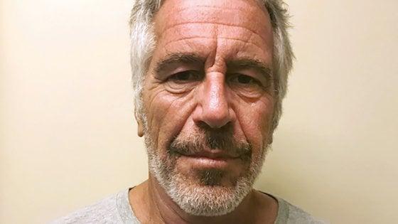 Il miliardario americano Jeffrey Epstein si è suicidato in carcere