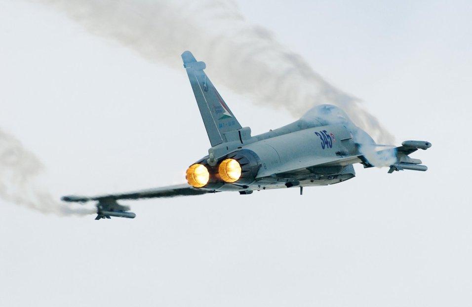 Eurofighter Typhoon in volo