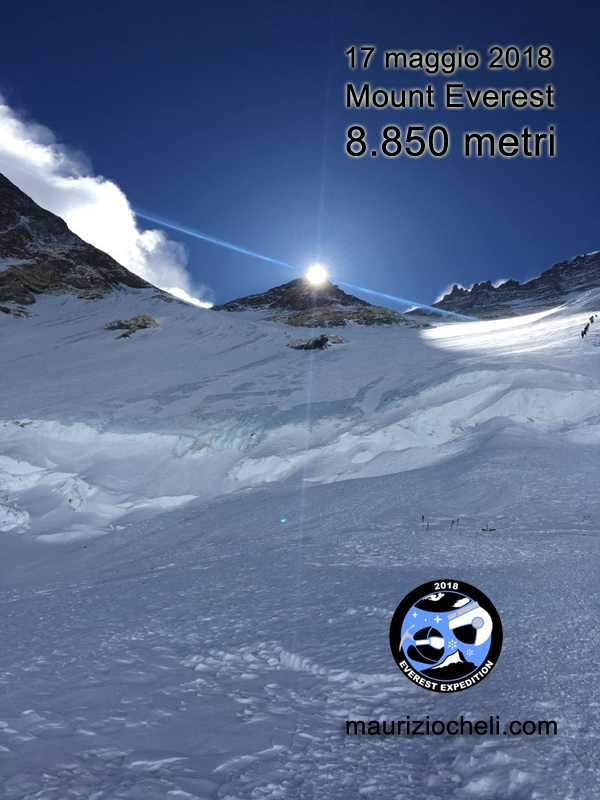 Sole sull'Everest