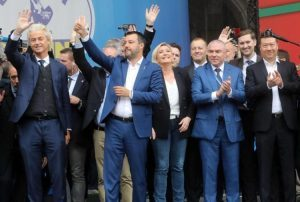 Lega: Matteo Salvini e l'alleanza dei sovranisti europei? Semplicemente, non esiste…
