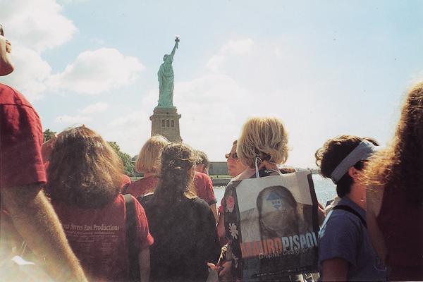 mauro-pispoli-shopping-bag-new-york