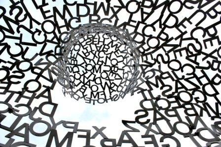 Il linguaggio comune ci accomuna e cambia la realtà, dall'hamburger al mondo della comunicazione