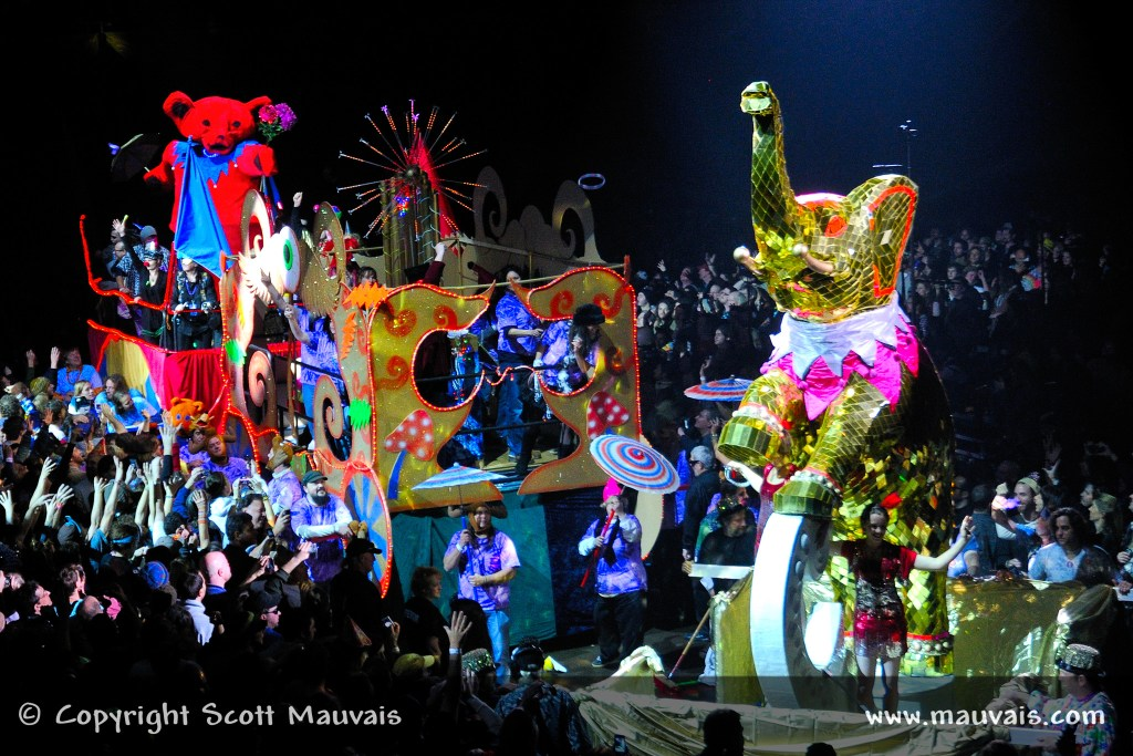 Furthur's New Year's Parade in 2010