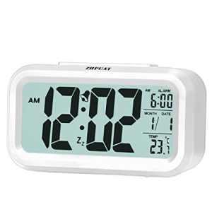 (Version Promue) ZHPUAT 4.6″ Réveil à Pile, Rétro-éclairage Contrôlable,Alarme Progressive,Numérique,Silencieux,Pratique, Électronique(Blanc)