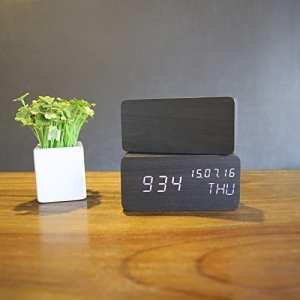 sfhsfjkgh Horloge Horloge créative d'alarme du moniteur à la place lit lumineux horloge horloge électronique de bois à la mode homme paresseux Horloge numérique chambre de lit pour enfants horloge réveil 63* 63* 289mm b 150 * 70 * 40mm