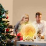 Yuning Lampe Lune 3D, Veilleuse LED Lampe Lune 15CM avec, 16 Couleurs Télécommande et Interrupteur Tactile USB Rechargeable Lampe de Nuit pour Chambre Salon Café Cadeau Anniversaire Noël