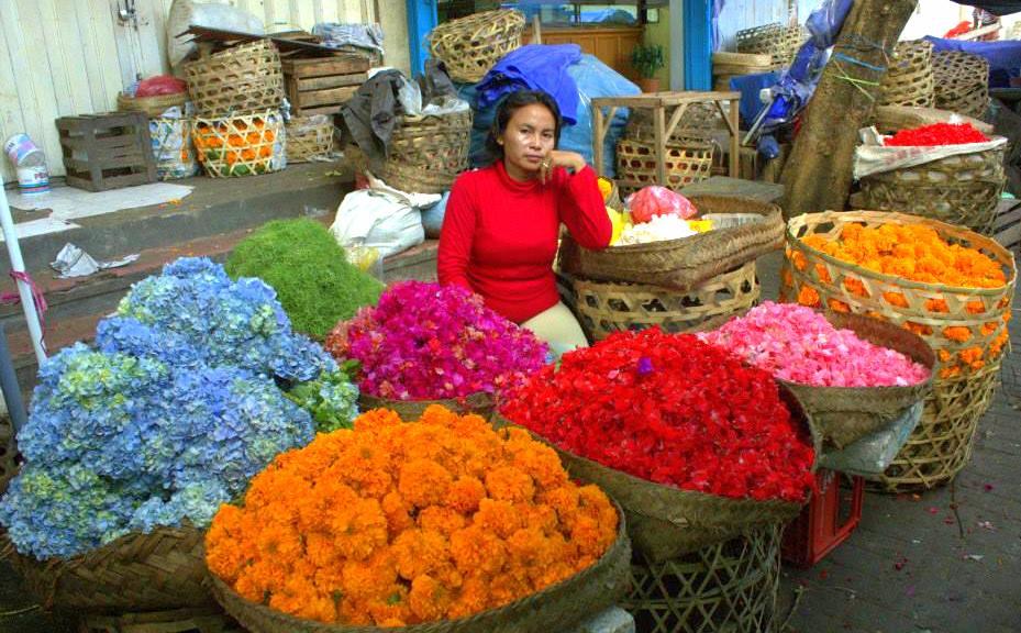 flower market in bali