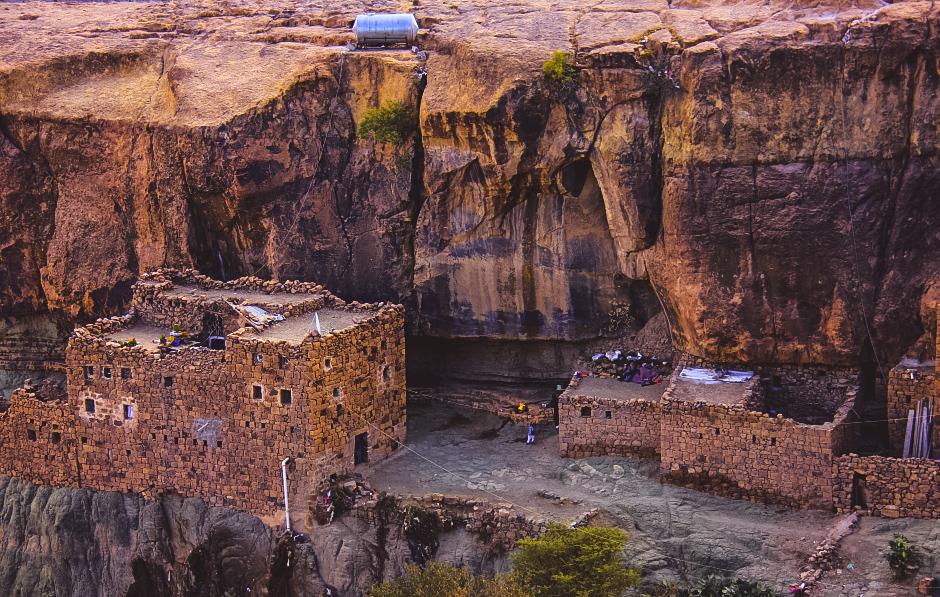 Baytbows near Sanaa