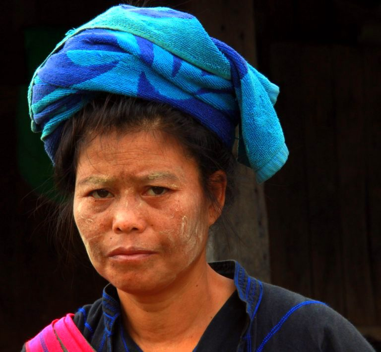 A Shan woman shopping at lake inle weekly markets