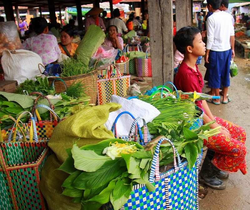 Glimpses of lake inle weekly markets