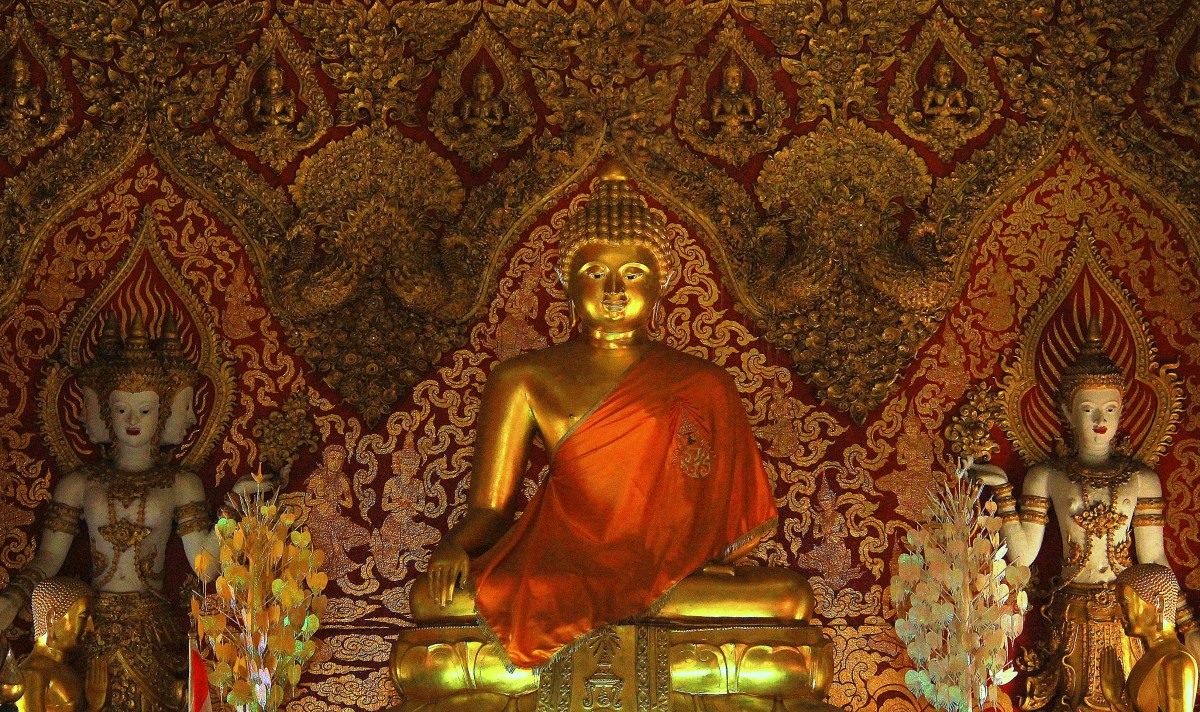 chiang mai temples offer buddhism courses