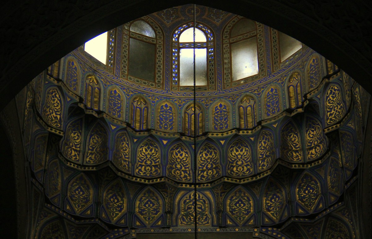 The ceilings of the Mosque-of-Al-Refaie