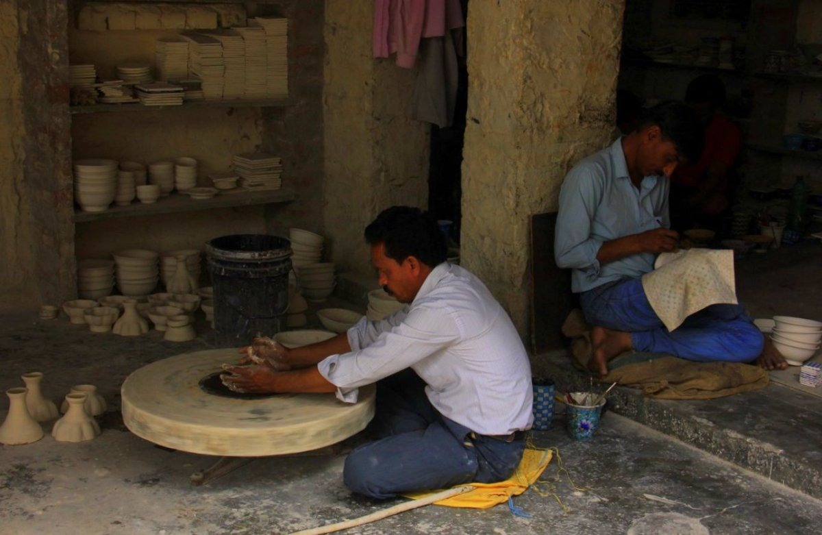 Jaipur Blue Pottery is not made of clay