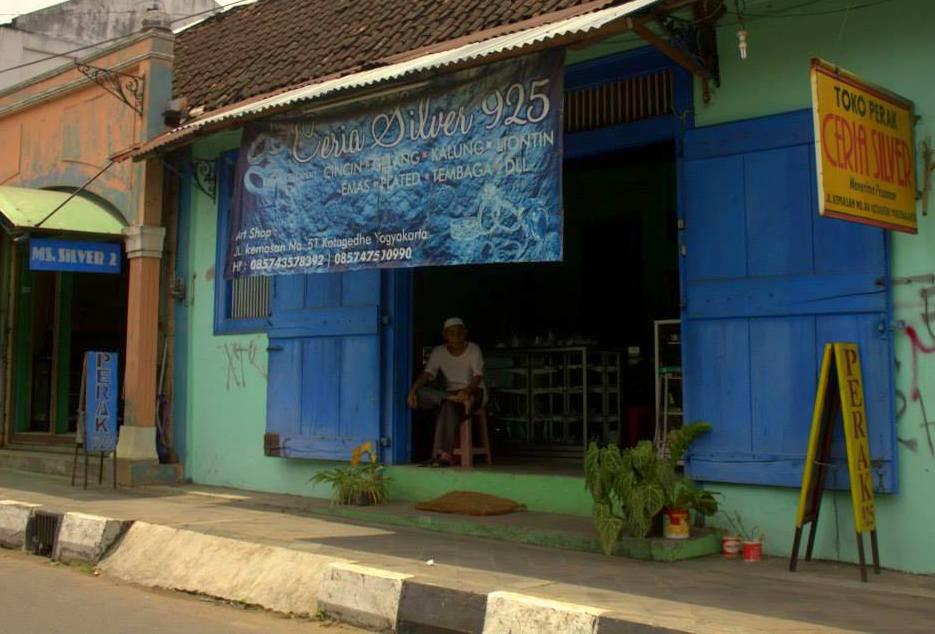 Silver jewellery shop in Yogyakarta in java