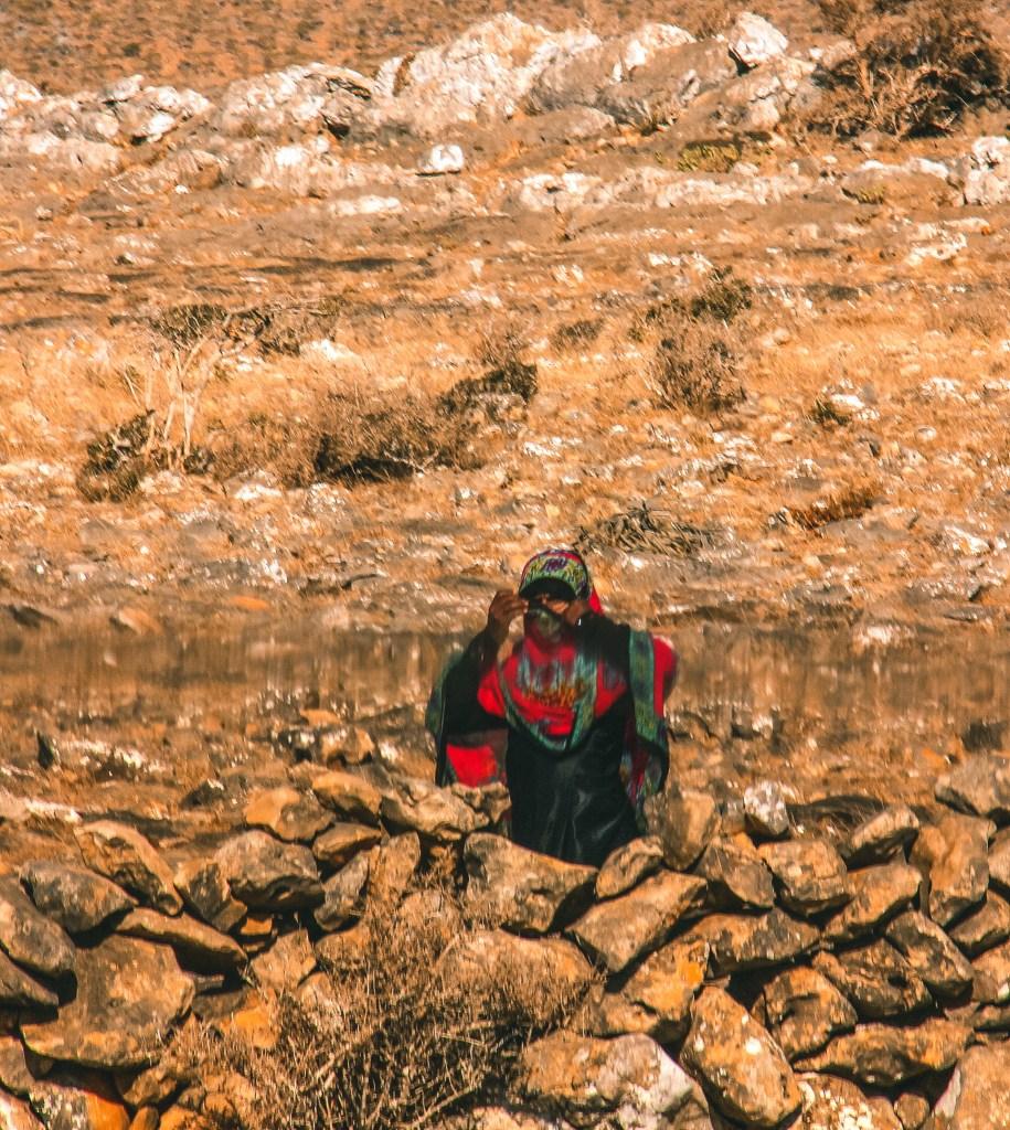 a bedouin woman in hadibo