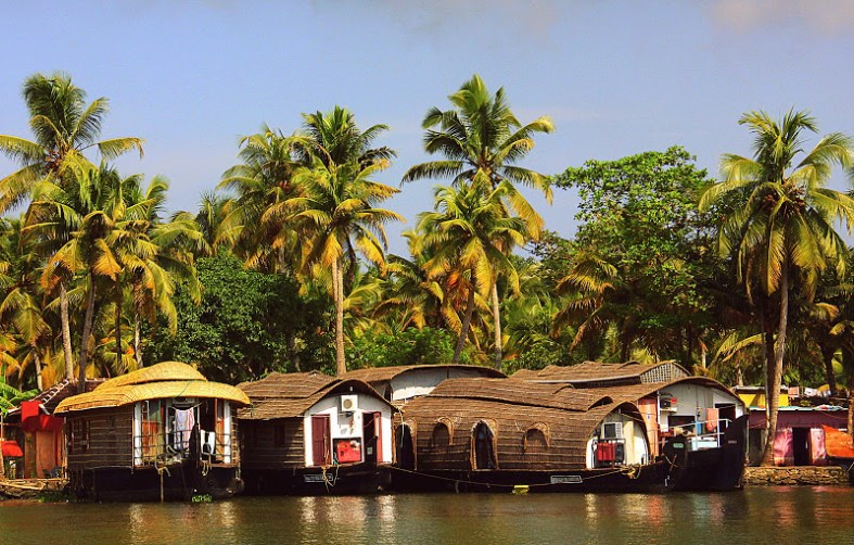 The quintessential houseboats of a Kerala holiday