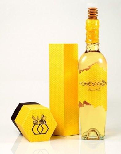 Honey Moon creative wine packaging
