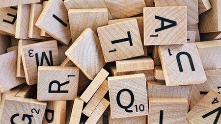 Piezas del juego de mesa scrabble