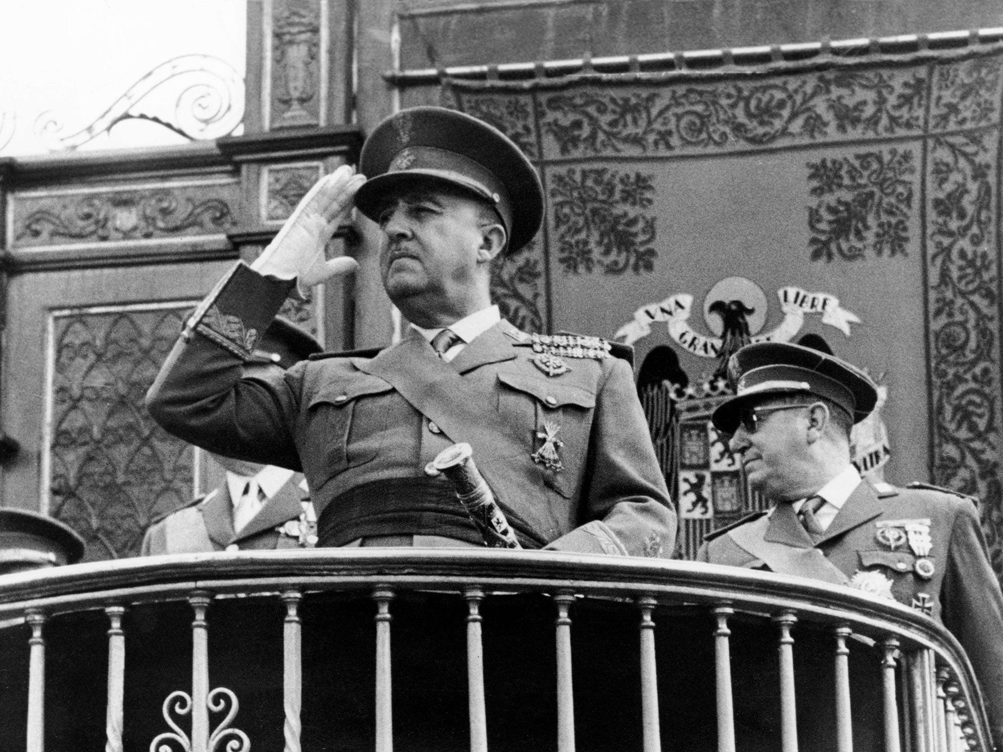 Fotografía de Francisco Franco quien promulgó las leyes Fundamentales en el Franquismo.