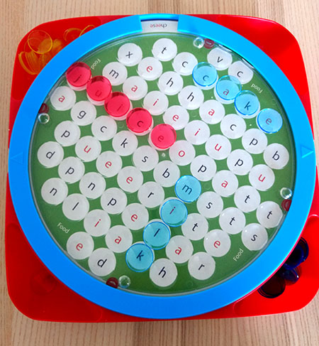 Wordsearch, juego de mesa educativo en inglés.