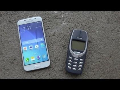 nokia-3310-vs-galaxy