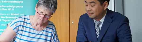 Unterzeichnung des neuen Kooperationsvertrags des MWBK mit der FOM