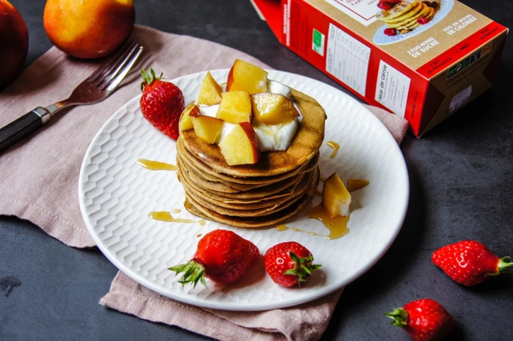 Pancakes végan et fruits