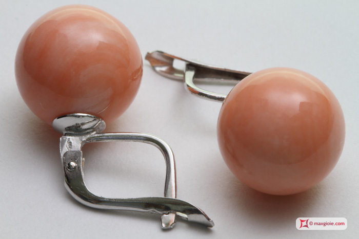 Extra Pink Coral Earrings 11½-12mm in Gold 18K m