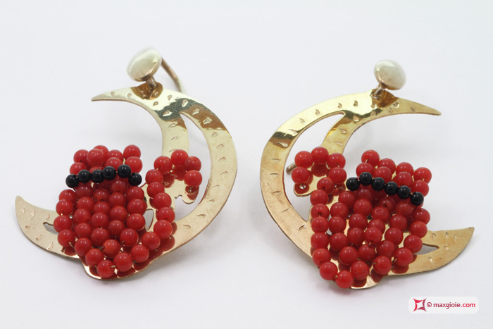 Moon with Cat Earrings [Coral, Onyx] Gold Plated Silver
