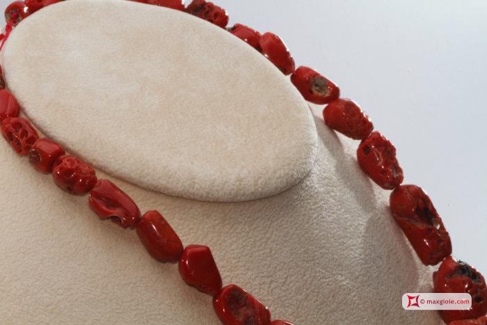 comprare popolare 40188 9b2e2 Collana Corallo rosso del Mediterraneo sassi graduati 10 ...