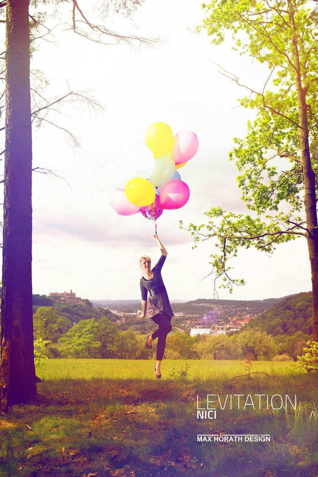 Lavitation-Schwebende-Personen-Editorial-Fotoshooting-Fashion-Fotograf-Max-Hoerath-Design-Kulmbach-Bayreuth-Bamberg-coburg-Fotokurs-Nuernberg