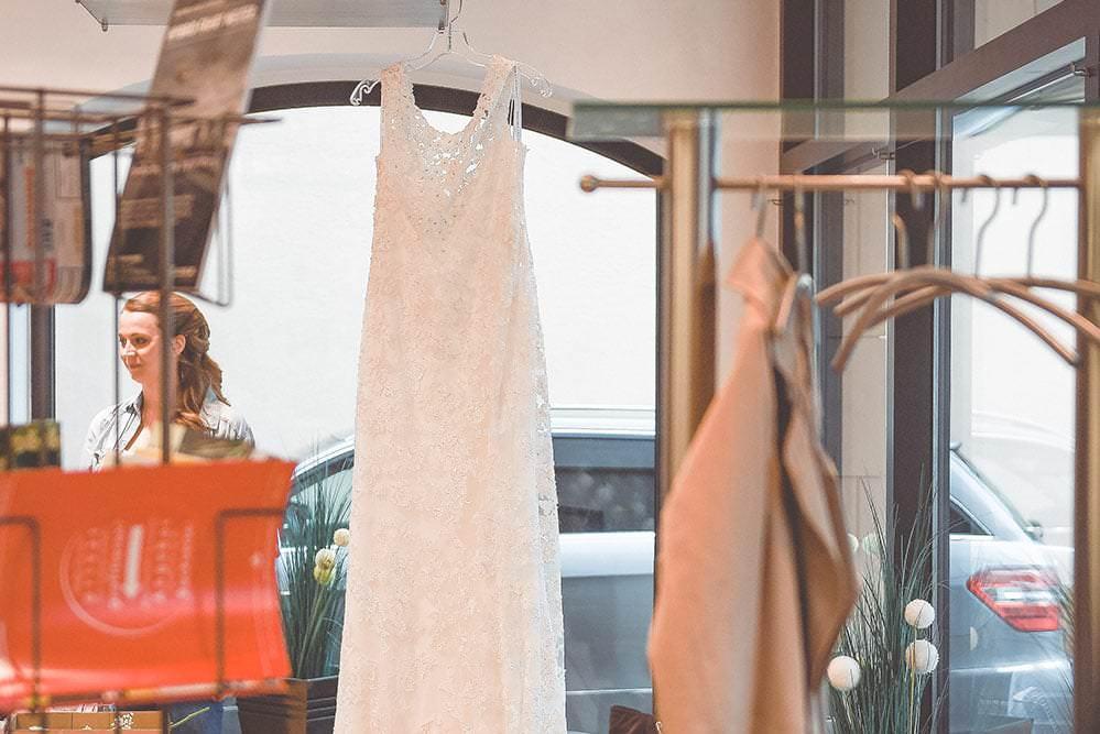 Hochzeitsfotograf Fotograf Hochzeit Wedding Fotostudio Oliver M%C3%BCller dom alte hofhaltung bamberg max hoerath 10 1 - Traumhochzeit in Bamberg - Sarah & Chris