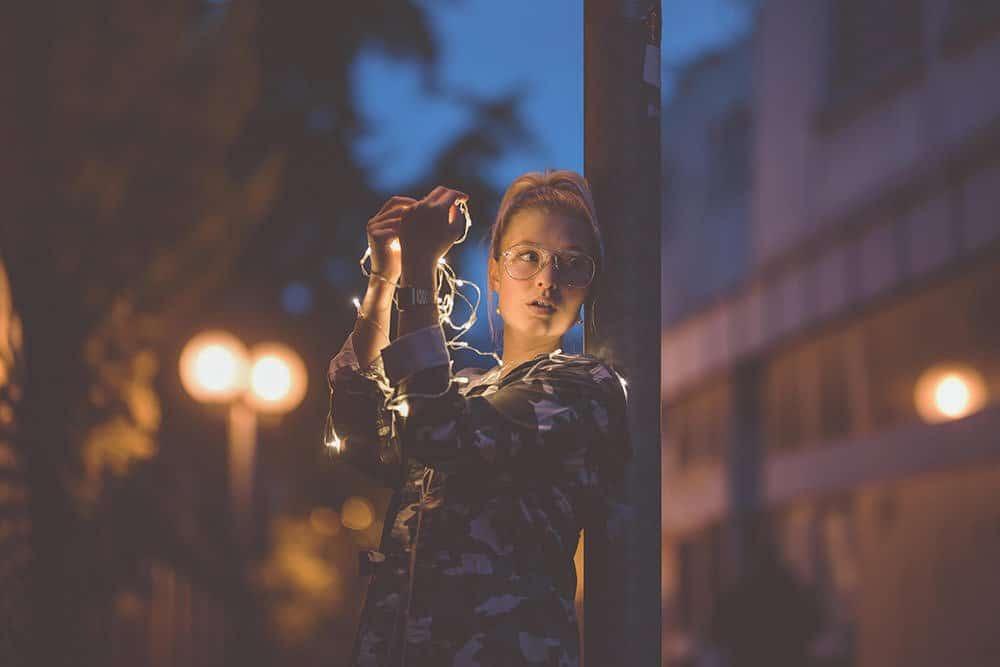 Fotograf fotoshooting people fotokurs workshop lichterkette max hoerath nikon kronach bindlach thurnau stadtsteinach - Lichterketten II - Fotoshooting mit Caro