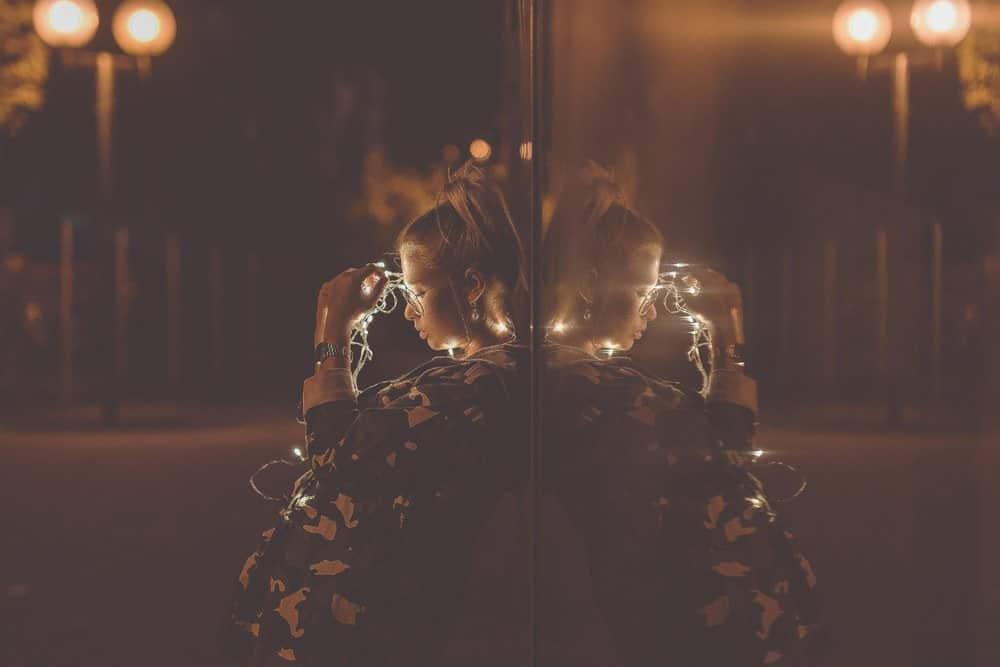 late night fotoshooting fotografie fotokurse fotokurs nikon lichterkette spiegelung glas kulmbach fotograf max hoerath design bayreuth bamberg kronach - Lichterketten II - Fotoshooting mit Caro