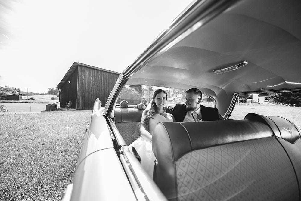 Hochzeitsfotograf Fotograf brautpaar Hochzeitsfotos Hochzeitsreportage hochzeitshooting Kirche trauung brautpaar max hoerath design - Hochzeitsreportage & After Wedding mit Maria & Jan