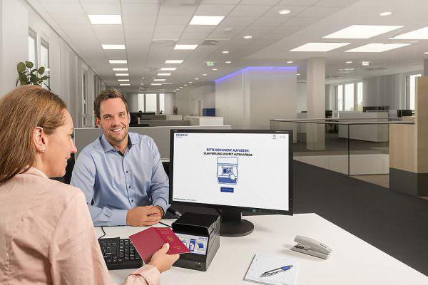 Keyvisuals Key Visual Keyvisual Werbefotograf Werbung Imagebilder Businessbilder Werbefotografie Max Hörath Deutschland Desko stuttgart ellwangen aalen 600x400 - Imagebilder Business Key Visuals