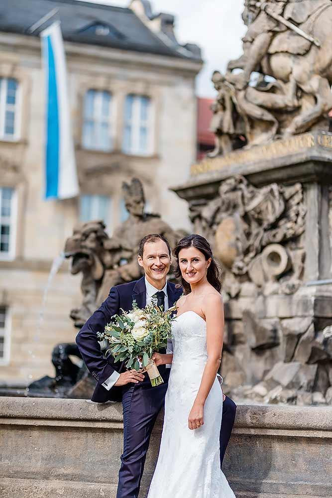 Hochzeitsfotograf Hochzeitsreportage Hochzeitsfotos Hochzeitsbilder Wedding Braut Br%C3%A4utigam fotograf bayreuth sudpfanne liebesbier reiterhof eremitage hofgarten - Hochzeitsfotograf für Eva & Andi in Bayreuth
