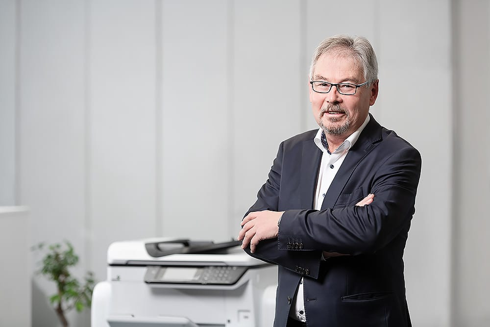 Andreas Sesselmann melissa erika kipp poffo kulmbach utax fotograf fotostudio max hoerath - 25 neue Mitarbeiterfotos | Kipp+Poffo