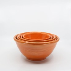 Pacific Pottery Hostessware Mixing Bowl Set Red